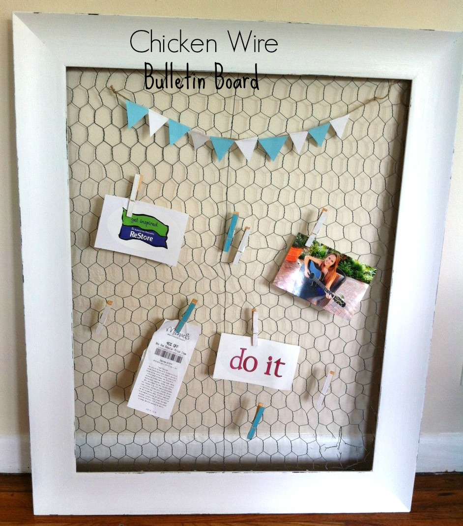 DIY: Easy Chicken Wire Bulletin Board - Mom in Music City