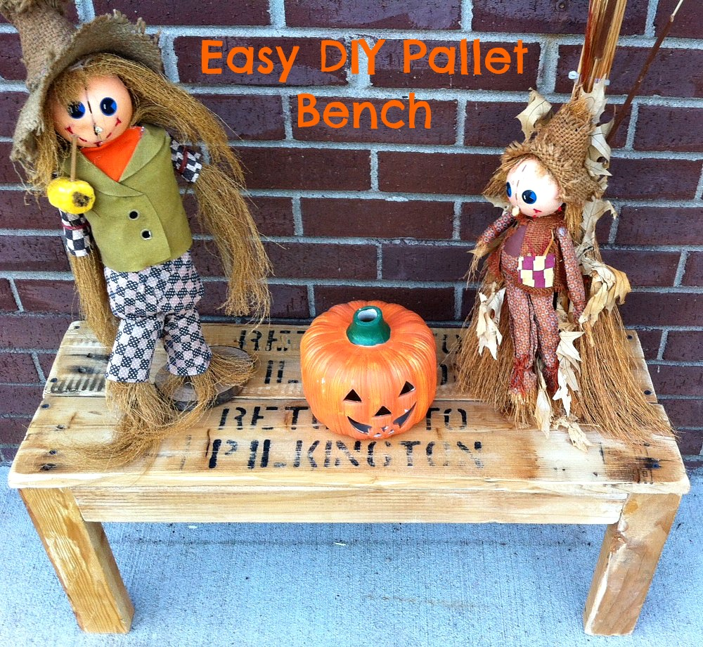 Easy DIY Pallet Bench