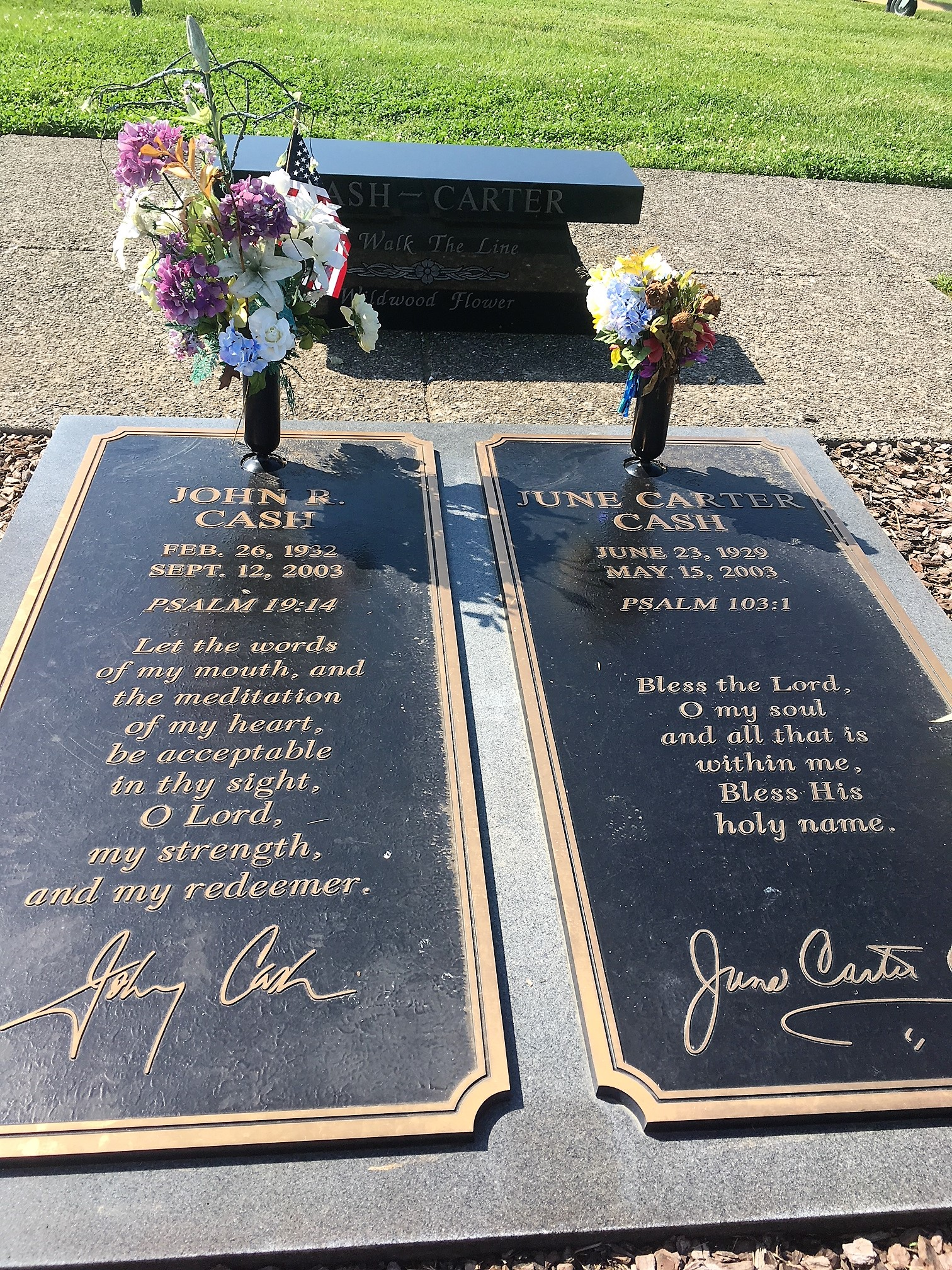 Johnny Cash burial site