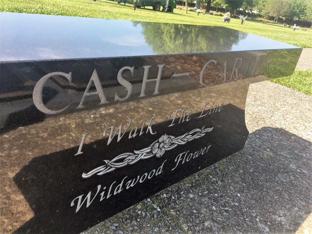 johnny cash gravesite